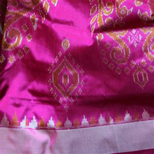 Sari Komplettset reine Seide handgewebt IKAT in fuchsia mit safran
