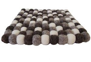 Fairtrade Filz Untersetzer Topf Untersetzer kiesel natur hell 22 cm quadratisch handgefertigt aus reiner Wolle, hitzebeständig