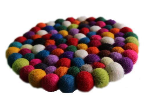 Fairtrade Filz Untersetzer Topf Untersetzer kunterbunt 22 cm handgefertigt aus reiner Wolle, hitzebeständig