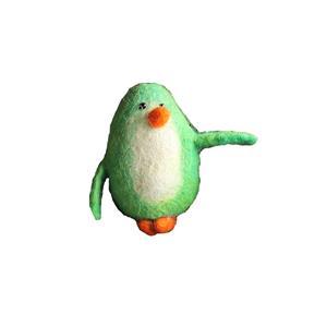 Fairtrade Filz Pinguin grün Schlüsselanhänger Taschenanhänger Glücksbringer handgefilzt